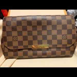 Louis Vuitton Favorite MM Damier Ebene bag clutch